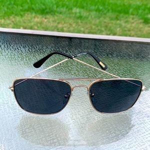 J. Crew Vintage Aviator Sunglasses Unisex